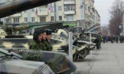 Российская армия в Луганске, 1 ноября 2014
