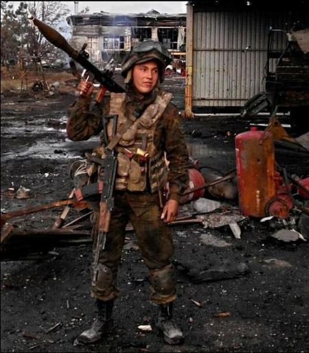 Киборг, 18 лет, Правый сектор
