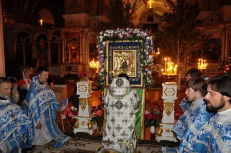 Ночная литургия о мире